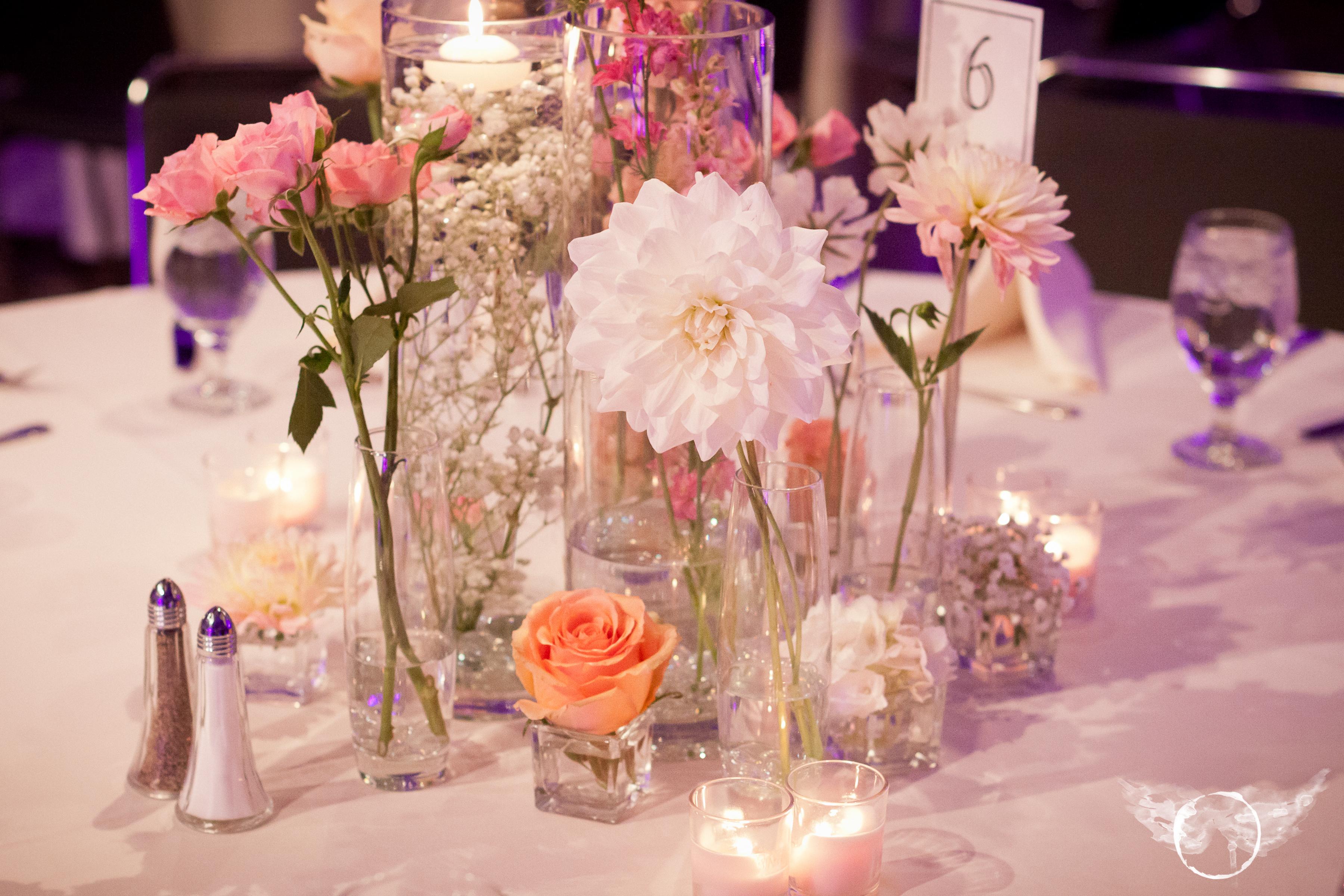 picture of wedding flower centerpiece