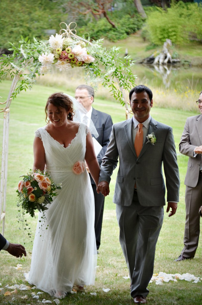 wedding arbor decoration and bridal bouquet by Vases Wild