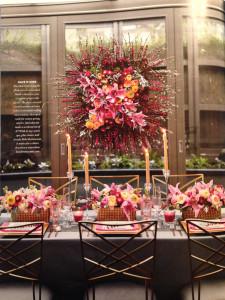 Modern wedding florals by Vases Wild