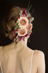 Fresh Flower Fascinator by Vases Wild