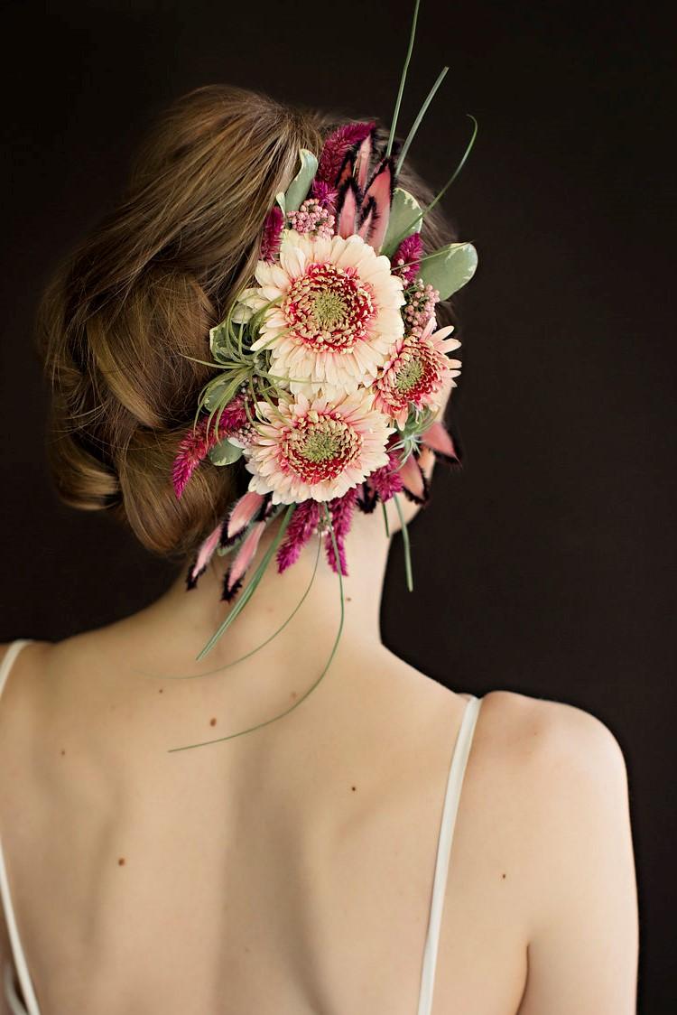 Fresh Flower Fascinator by Vases Wild 2573700549a