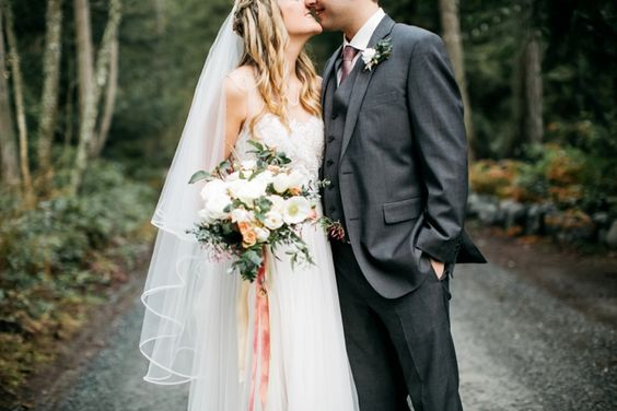 Neutral, white & blush spring wedding flowers for a Whidbey Island spring woods wedding